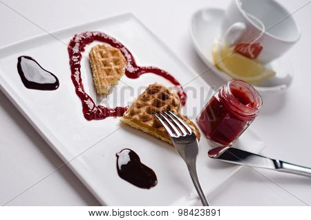 Heart Shaped Waffle, Marmalade, Chocolate Sauce, Vanilla Sticks, Square Plate