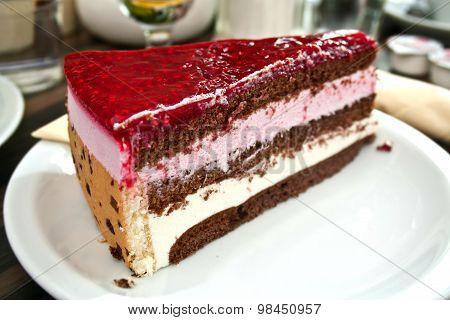 Cake Berry Jam Cafe