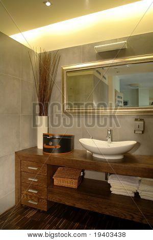 Casa de banho em um apartamento de luxo.