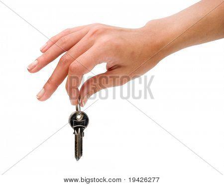 mão segurando as chaves