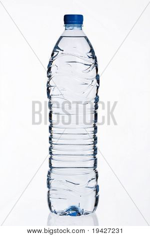 1,5 liter bottled water