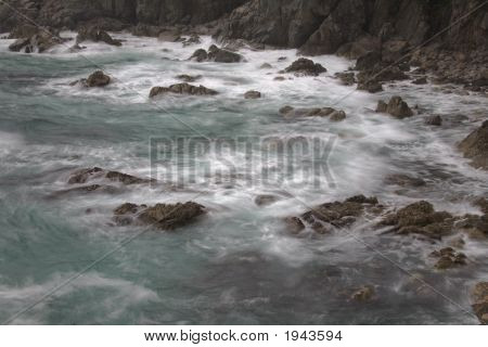 Living Ocean, Water Motion Blur