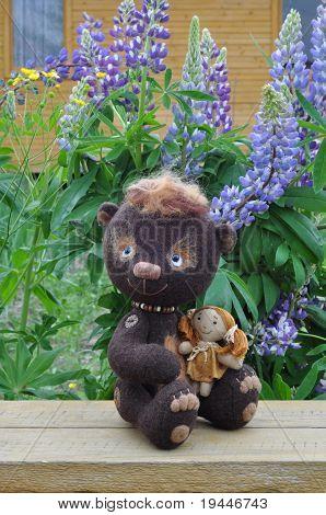 Teddy bear Mocca with girlfriend