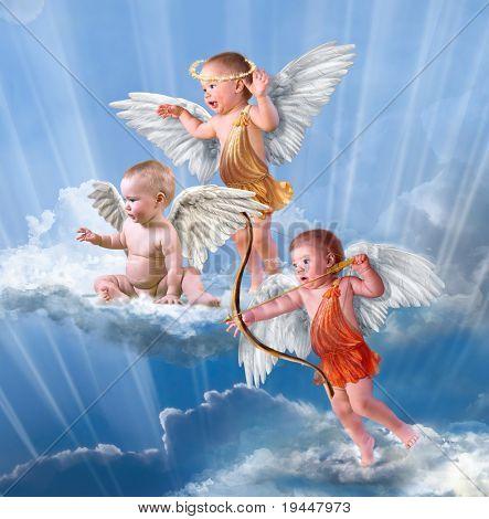 Cupido de bebê com asas de anjo