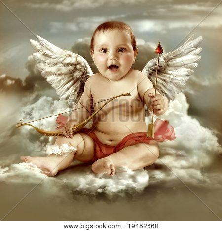 Baby Cupid mit Engel Flügel