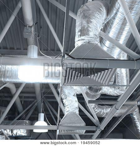 Tubos de ventilación de un aire acondicionado