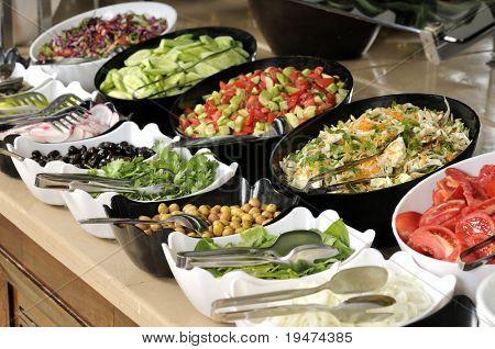Buffet de salada - uma série de imagens de restaurante.