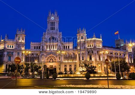 Plaza de Cibeles at night, Madrid, Spain