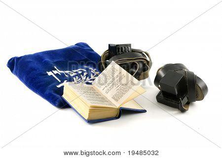 Tefillin - filacterias usadas por los hombres judíos para oraciones Matutinas, Siddur - prayerbook judío y bolsa me