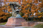 image of chopin  - Fall in Lazienki park with monument of Chopin - JPG