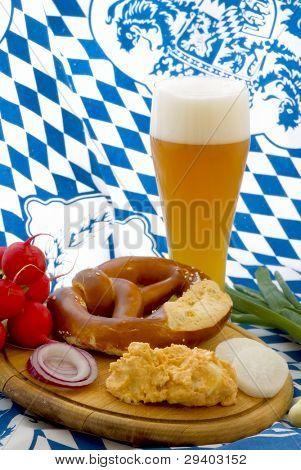 Traditionelle Bayerische Zwischenmahlzeit