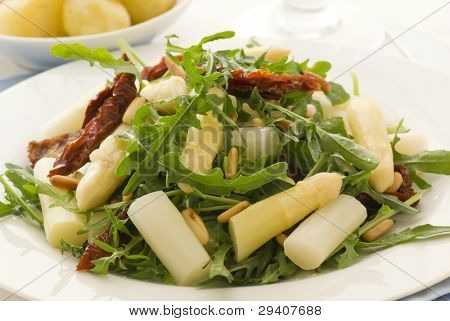 Rocket Salad with Cheese and Asparagus