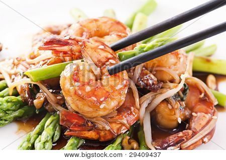 Prawns teriyaki with asparagus