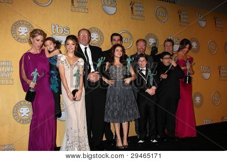 LOS ANGELES - JAN 29:  Modern Family Cast in the Press Room at the 18th Annual Screen Actors Guild Awards at Shrine Auditorium on January 29, 2012 in Los Angeles, CA