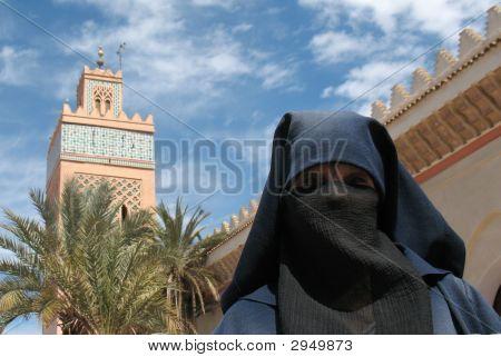 A velada, señora musulmán