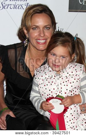 LOS ANGELES - NOV 25:  Arianne Zucker, Isabella Lowder arrives at the 2012 Hollywood Christmas Parade at Hollywood & Highland on November 25, 2012 in Los Angeles, CA