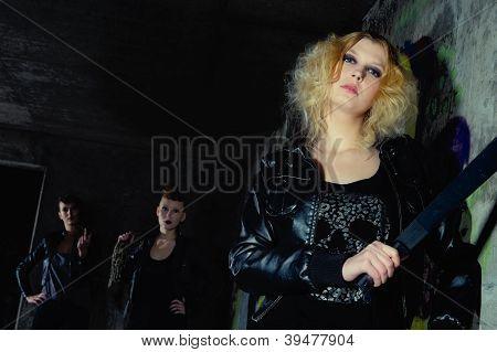 Guard Blonde