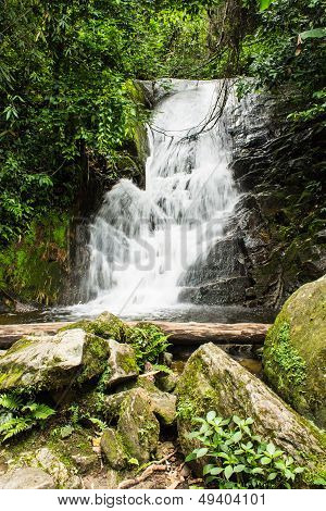 Siribhum Waterfall In Doi Inthanon , Chomthong Chaingmai Thaland