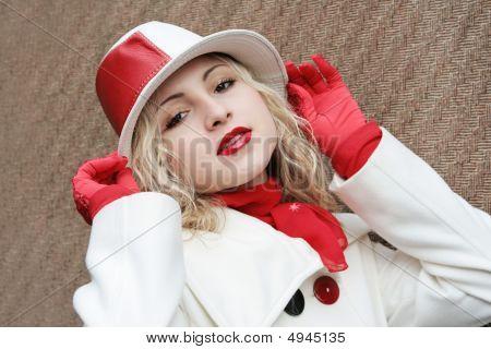 Helga Red
