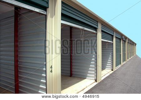Self Storage Warehouse Units