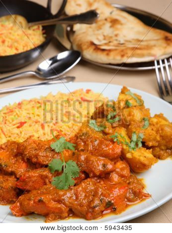 Chicken Vindaloo Curry Meal