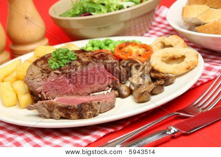 Rare Fillet Steak Dinner