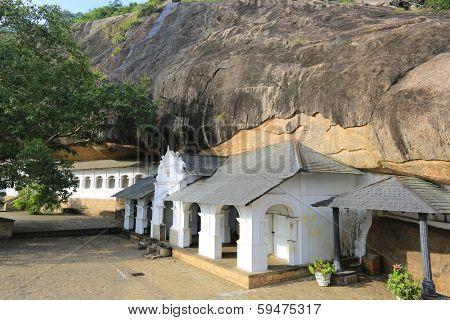 Buddha Rock temple in Dambulla, Shri Lanka