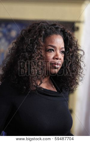 SANTA BARBARA - FEB 5: Oprah Winfrey at the 29th Santa Barbara International Film Festival Montecito Award at the Arlington Theater on February 5, 2014 in Santa Barbara, CA