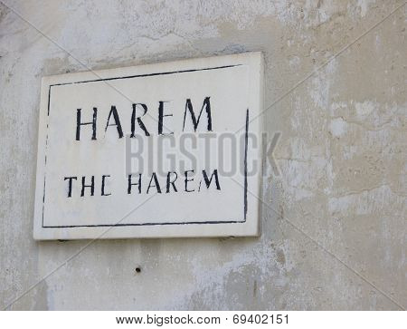 Harem entrance