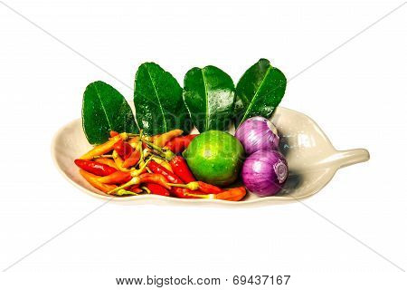 Fresh Herbs And Spices (chili, Lemon, Shallot, Kaffir Lime Leaf)