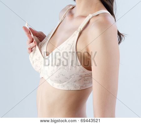 woman with mother bra