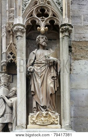 VIENNA, AUSTRIA - OCTOBER 10: Saint Luke the Evangelist at St Stephans Cathedral in Vienna, Austria on October 10, 2014