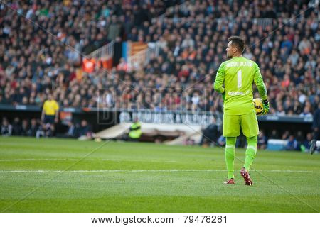 VALENCIA, SPAIN - JANUARY 4: Diego Alves during Spanish League match between Valencia CF and Real Madrid at Mestalla Stadium on January 4, 2015 in Valencia, Spain