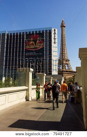 Tourist Walking Next To Landmarks Of Las Vegas