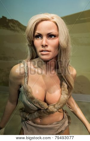 Raquel Welch Wax Figure