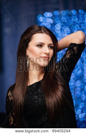 beautiful dark-haired woman