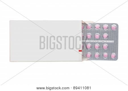 Grey box with pink pills in a blister pack