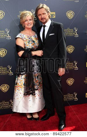 BURBANK - APR 26: Mary Beth Evans, Stephen Nichols at the 42nd Daytime Emmy Awards Gala at Warner Bros. Studio on April 26, 2015 in Burbank, California