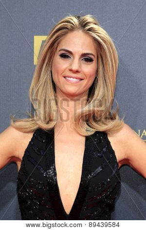 BURBANK - APR 26: Kelly Kruger at the 42nd Daytime Emmy Awards Gala at Warner Bros. Studio on April 26, 2015 in Burbank, California