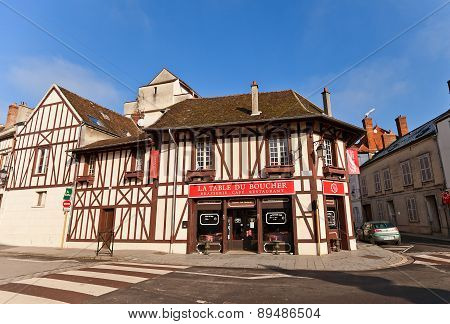 Street Cafe In Medieval House In Provins, France