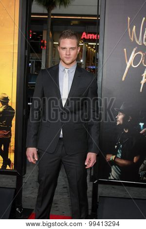 LOS ANGELES - AUG 20:  Jonny Weston at the