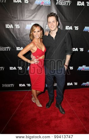 LOS ANGELES - AUG 19:  Keltie Knight, Robert Hoffman at the 2015 Industry Dance Awards and Cancer Benefit Show at the Avalon on August 19, 2015 in Los Angeles, CA