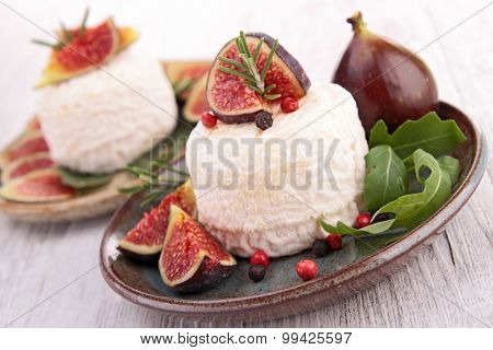 goat cheese and fresh fig