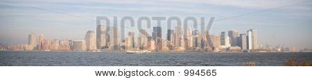 Skyline de la ciudad de Nueva York en Sunset