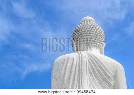 The rear of the Big Buddha with blue sky