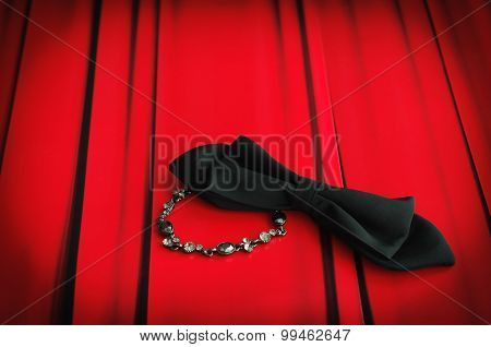 Curtain Bow Tie And Bracelet