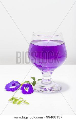 Butterfly Pea Flower Juice In Wine Glass