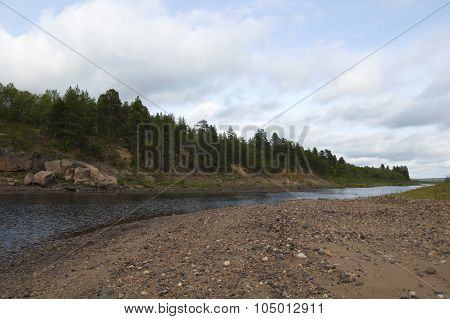 Beautiful landscape of the northern river at the end of summer.