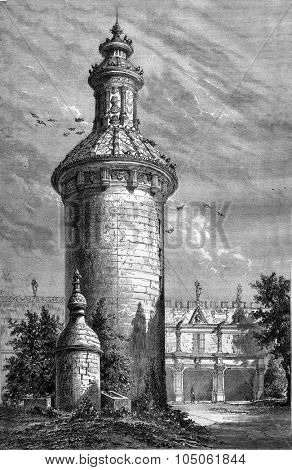 The Dovecote the old castle of Usson, vintage engraved illustration. Magasin Pittoresque 1877.
