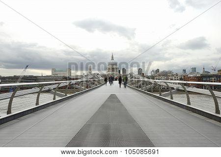 Millennium Bridge, St Paul's Cathedral, London